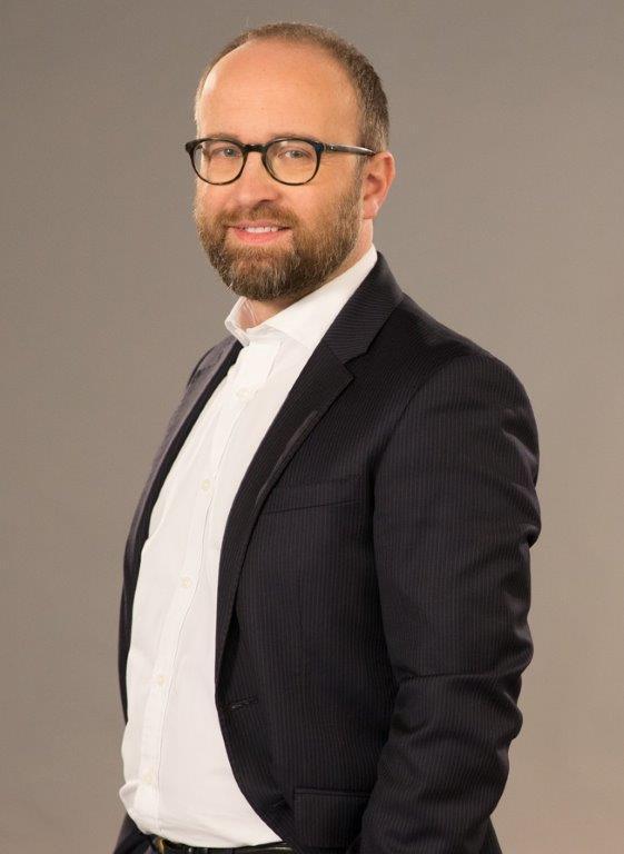 Maciej Tarnawska Santander