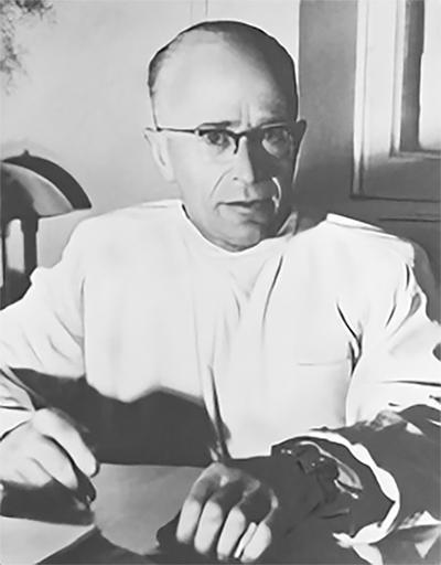 Artur Hausman - pierwszy dyrektor Instytutu Hematologii i kierownik Kliniki Chirurgicznej (1951-1953)