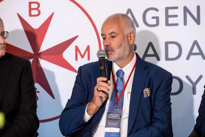 Prof. Piotr Czauderna ABM