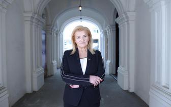 Alina Niewiadomska, prezes KRDL: diagności laboratoryjni powinni zarabiać tyle co lekarze