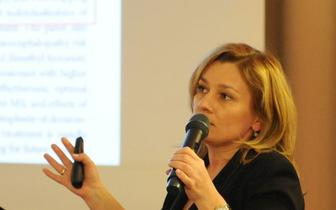 Dr hab. n. med. Monika Adamczyk-Sowa, specjalista neurolog