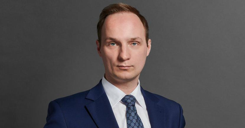 Dominik Hincz, radca prawny, Associate w zespole rozwiązywania sporów gospodarczychi arbitrażu kancelarii Bird & Bird