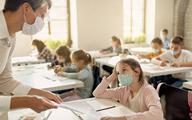 Medycy mają prawo do zasiłku opiekuńczego, jeśli nie skorzystają z opieki nad dzieckiem w szkole