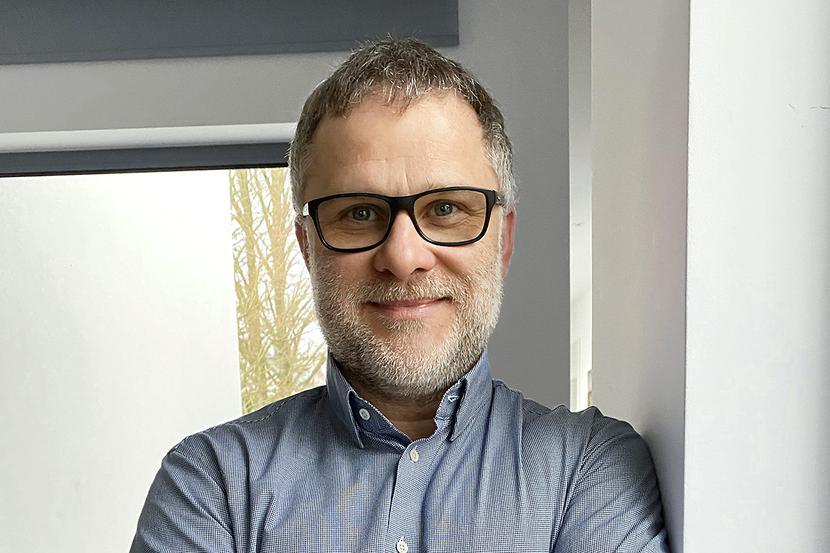 Tajemnica skuteczności:Prowadząc duże inwestycje, nie wystarczy być dobrym fachowcem, trzeba być także dobrym organizatorem – mówi Robert Woźniak, prezes spółki Elektro-BUD.