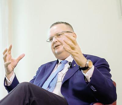 Prof. Krzysztof J. Filipiak:Nie mam żadnych wątpliwości, że skojarzone podejście zarówno do obniżania ciśnienia tętniczego, jaki stężenia LDL-cholesterolu, przynosi pacjentom większe zyski.