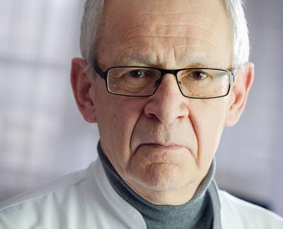 Prof. dr hab. n. med. Maciej Krzakowski:Bardzo znaczne ograniczenia w wykonywaniu badań przesiewowych i opóźnienia w diagnostyce mogą mieć niekorzystne następstwa w postaci większej liczby chorych na bardziej zaawansowane nowotwory.