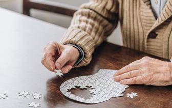 Eksperci Polskiego Towarzystwa Neurologicznego: zbyt późno rozpoznajemy chorobę Alzheimera