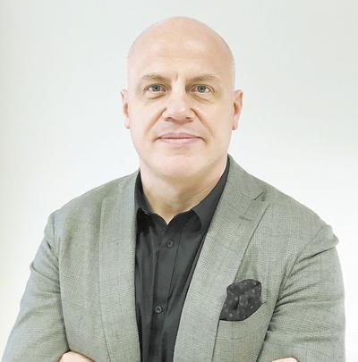 Dr n. med. Konrad Słynarski