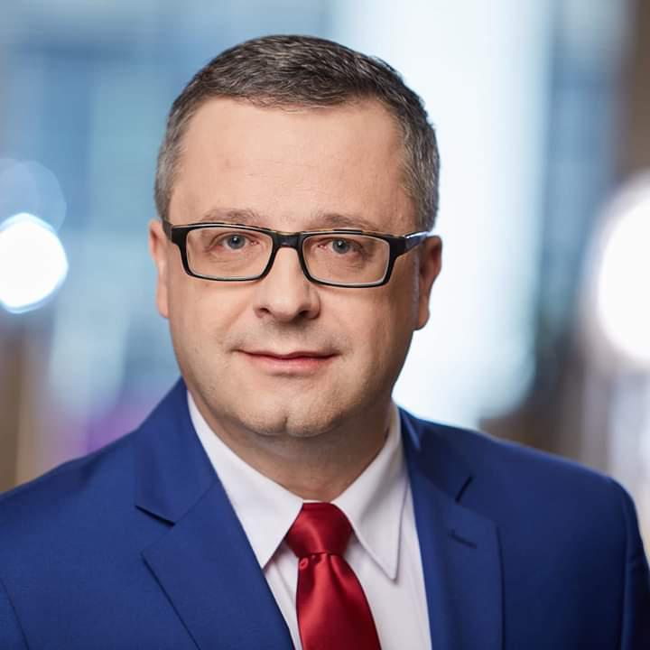 Zawodowy członek rad nadzorczych, ekspert portalu NadzorKorporacyjny.pl