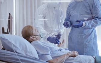 Pacjenci po przeszczepie płuc zakażeni SARS-CoV-2 w grupie wysokiego ryzyka zgonu z powodu COVID-19