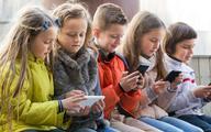 Szyja smartfonowa - nowy zespół bólowy w grupie pacjentów pediatrycznych
