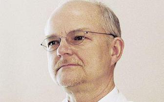 Dr Meder: zaszczepienie się trzecią dawką należy skonsultować z lekarzem [WYWIAD]