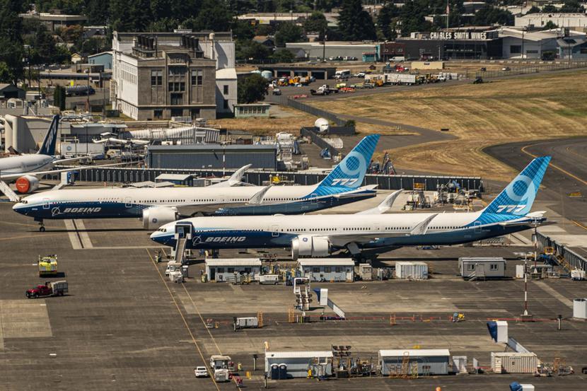 Boeing 777X w fabryce koncernu Boeing Fields w Seattle