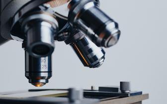 MZ opublikowało standardy akredytacyjne w patomorfologii