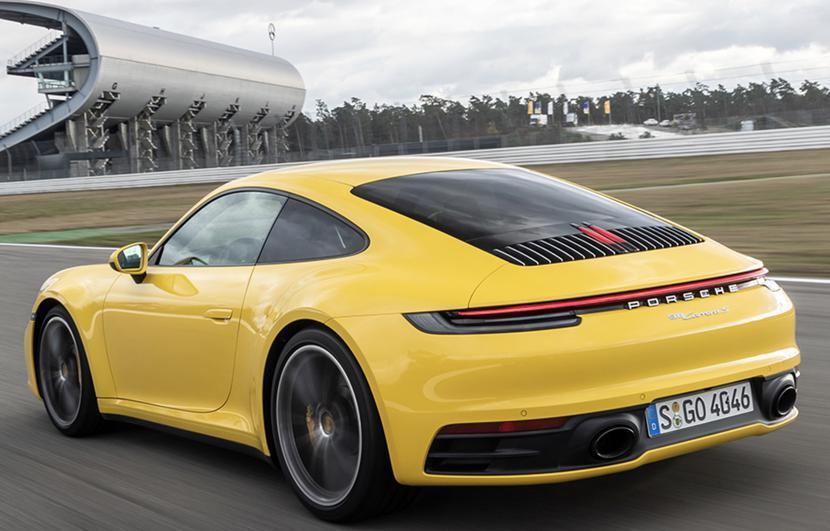 Porsche 911 fot. Porsche