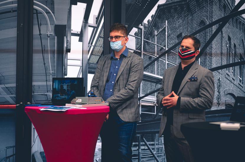 Przedstawiciele start-upów, biorących udział w programie S5-Akcelerator Technologii 5G