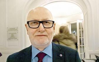 Prof. Ryszard Gellert: System nie przewidział pacjenta dializowanego objętego kwarantanną